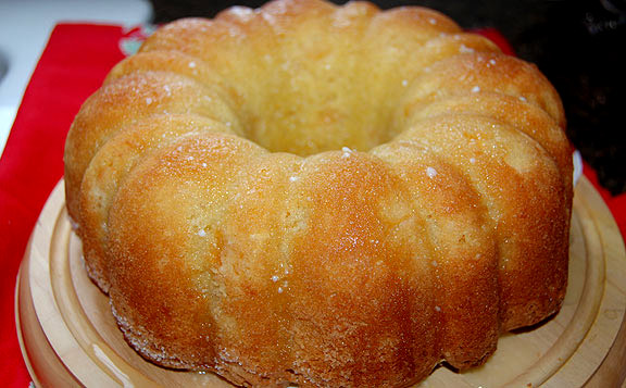 Feelin Peachy A Pound Cake Recipe Farmgirl Follies