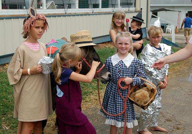 http://www.farmgirlfollies.com/wp-content/uploads/2011/07/du1.jpg