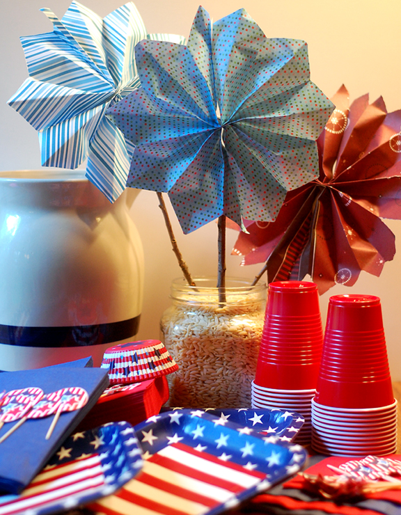 Firecracker pinwheel project - perfect for Independence Day or any celebration