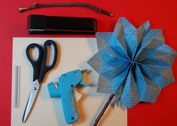 Here's what you will need to make a firecracker pinwheel