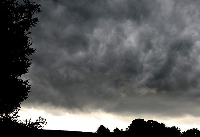 storm clouds - FarmgirlFollies.com