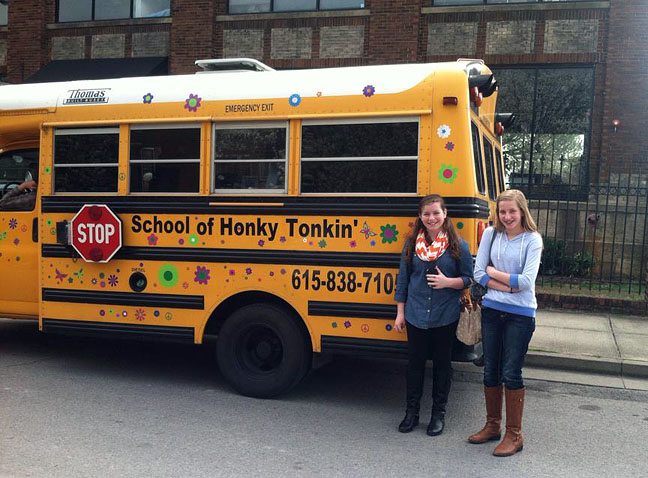 School of Honkey-Tonkin' in Nashville