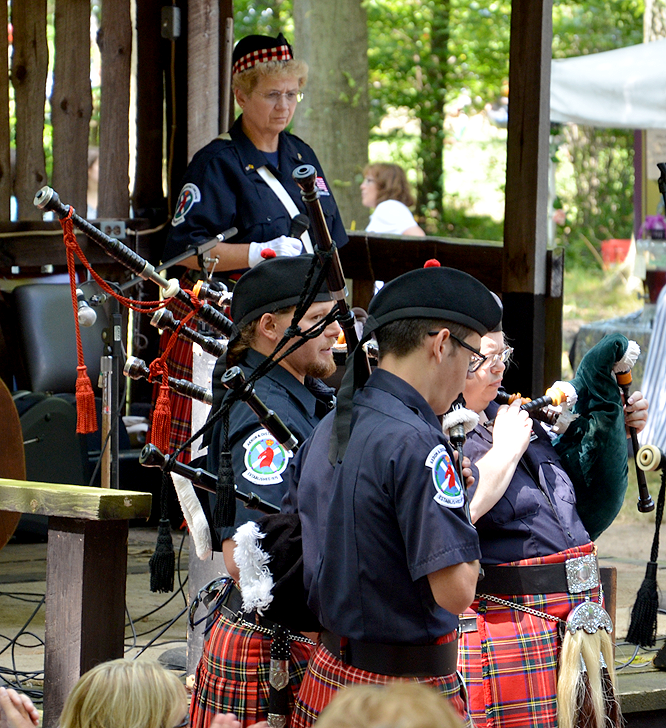 Akron and District Pipe Band - Bagpipes