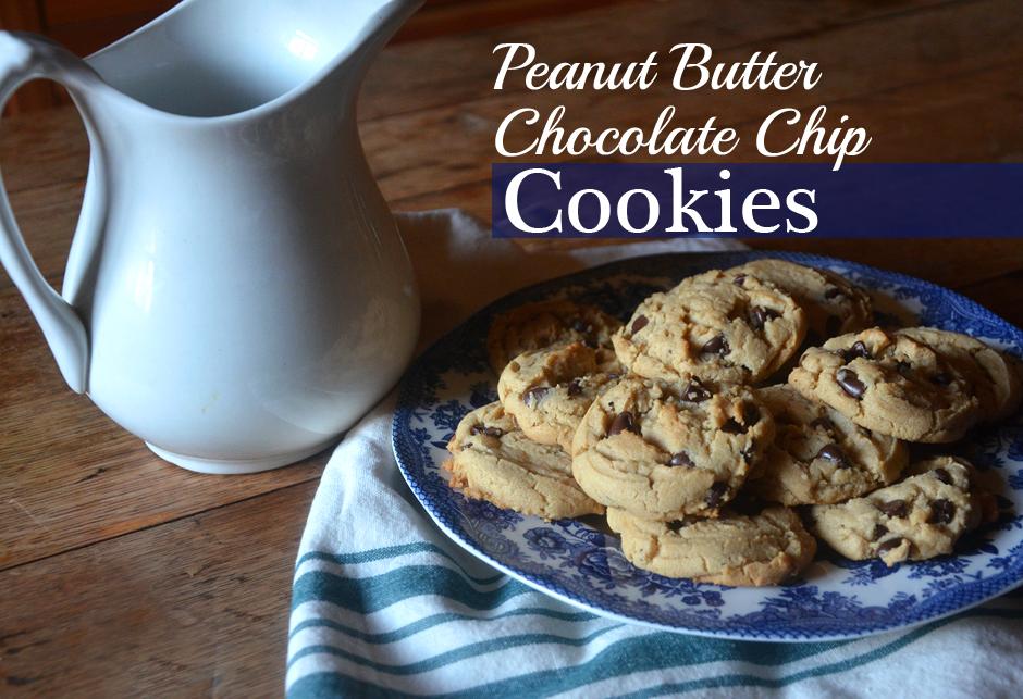 Peanut Butter Chocolate Chip Cookies | Farmgirl Follies